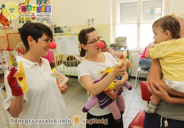 Adója egy százalékának felajánlása révén a Mesedoktorok számos kisgyermek arcára varázsoltak mosolyt