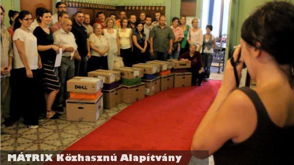 WARC 2011 - számítógép osztás szerbiai településeknek