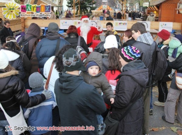 Mátrix Mikulás 2013: ezer gyermek kapott ajándékcsomagot